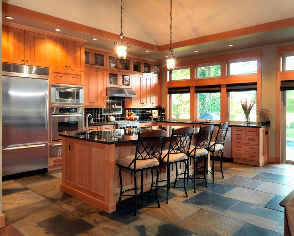 Modern Kitchen Design - Wooden & Traditional Colouring