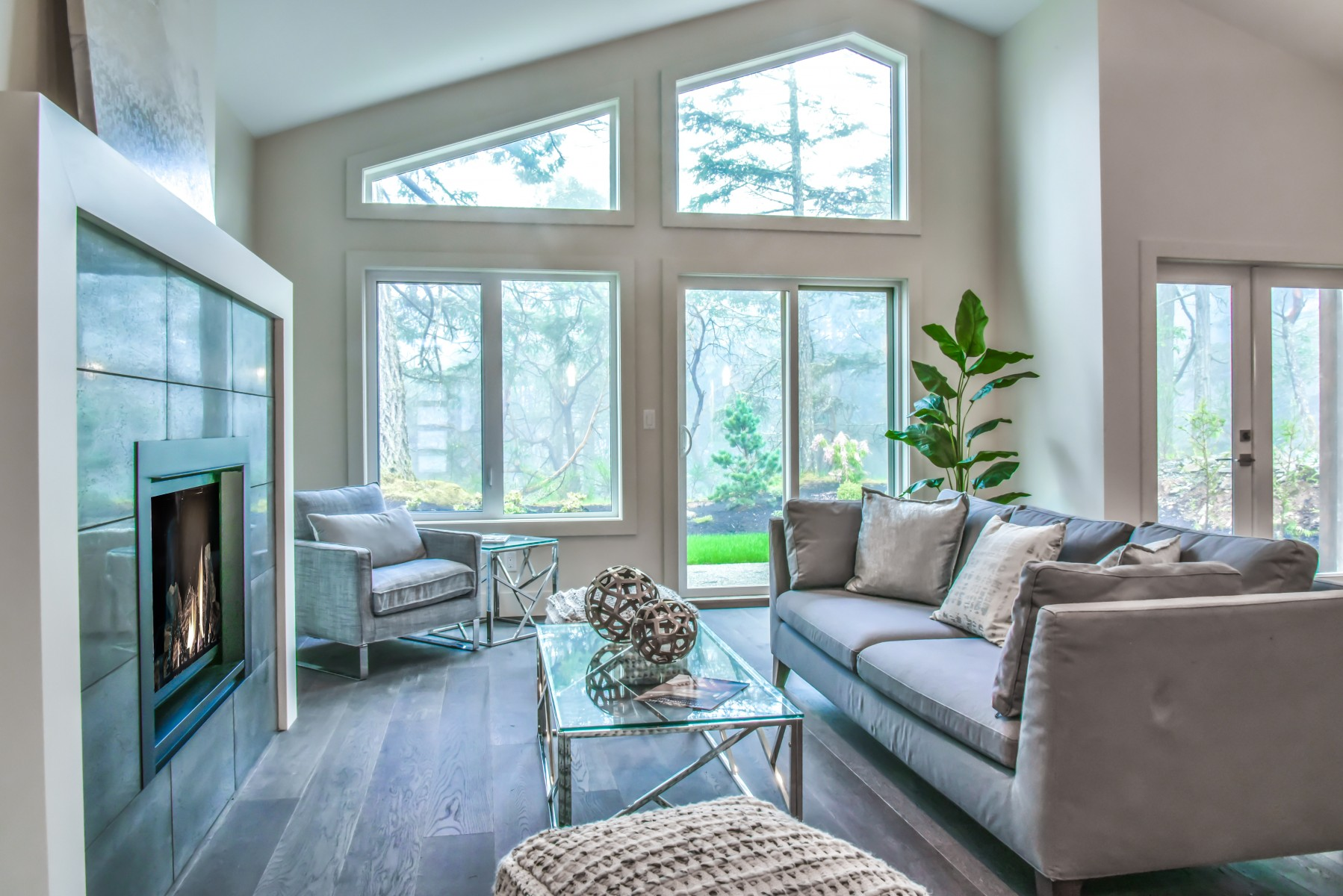 Crestline home - great room